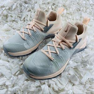 Nike Metcon Flyknit 3 'Silver Guava'